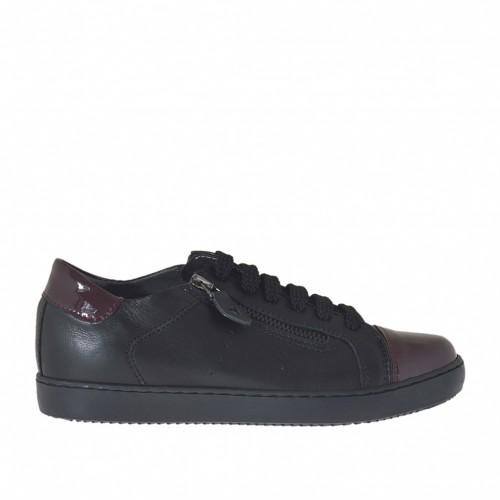 Woman's laced sports shoe with zippers in black leather and maroon patent leather wedge 2 - Available sizes:  32, 33, 34