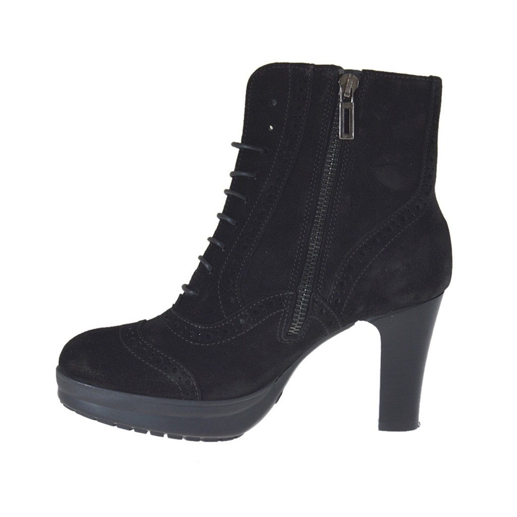 s laced ankle boot with platform in black suede heel