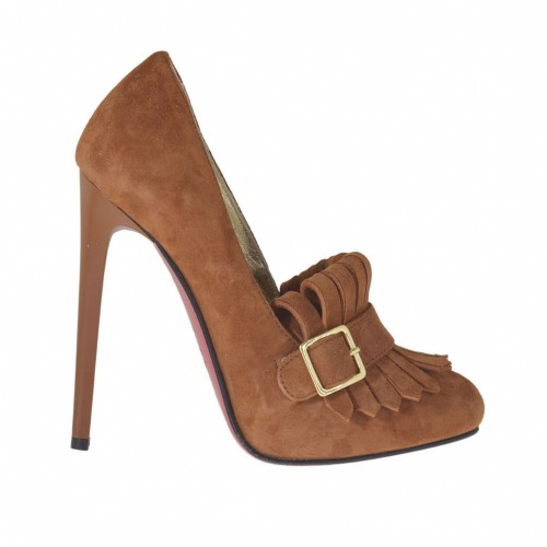 Woman's pump shoe with platform, buckle and fringes in tan suede heel 11 - Available sizes:  42, 45