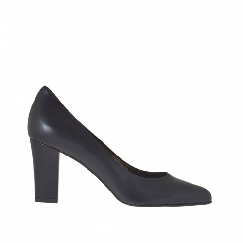 Woman's pump in black leather block heel 7 - Available sizes:  34, 42, 43