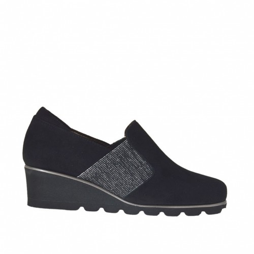 Woman's high-fronted shoe with silver elastic band in black suede wedge 4 - Available sizes:  42