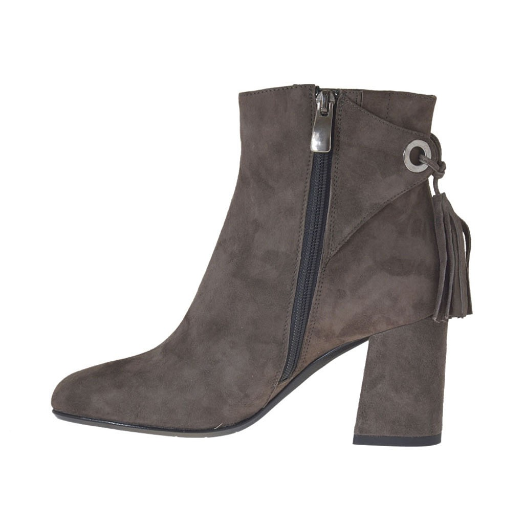 s ankle boot with zipper and tassels in taupe suede