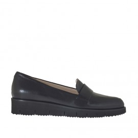 Woman's moccasin shoe in black leather wedge heel 3 - Available sizes:  33