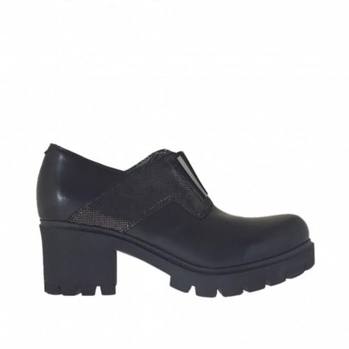 Chaussure pour femmes avec elastique avec application en cuir noir et cuir couvert scintillant bronze à canon talon 5 - Pointures disponibles:  32, 42, 43, 46