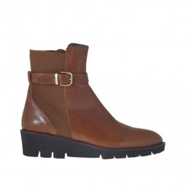 Woman's ankle boot with elastic band, zipper and buckle in tan leather wedge heel 4 - Available sizes: 33, 42, 43, 44, 45, 46