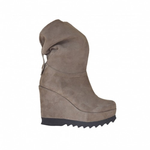 Woman's ankle-high boot with turnover and coated wedge and platform in taupe suede with 9cm high wedge heel - Available sizes:  42, 43