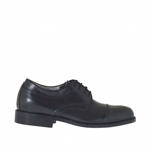 Elegant men's laced derby shoe in black leather - Available sizes:  37, 38