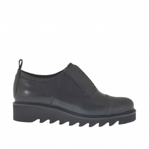 Damenschuh mit Gummiband aus schwarzem gedrucktem und gebürstetem Leder Keilabsatz 3 - Verfügbare Größen:  32