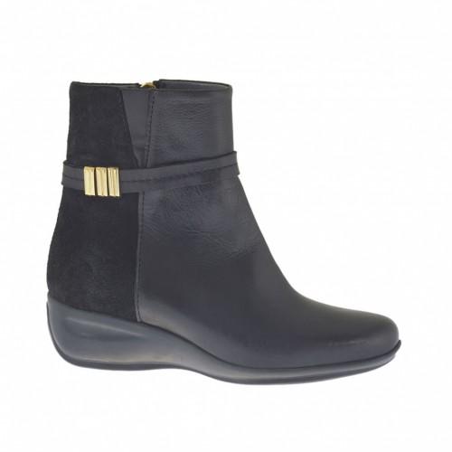 Botines para mujer con cremallera y cinturon con accessorio  en gamuza y piel negra cuña 4 - Tallas disponibles:  34, 42