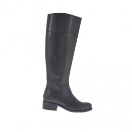 Woman's boot with zipper in black-colored leather heel 3 - Available sizes:  33