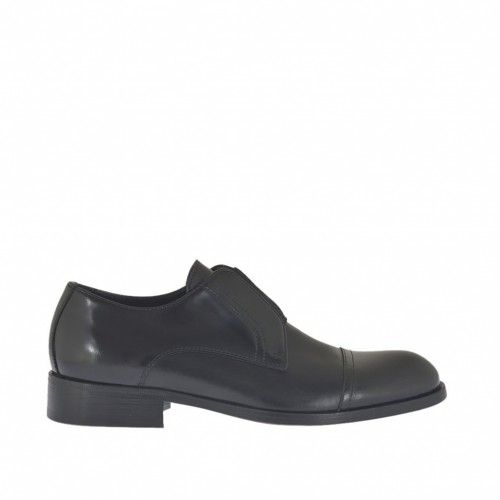 Men's highfronted shoe with rubber band and captoe in black leather and brush-off leather - Available sizes:  37, 49