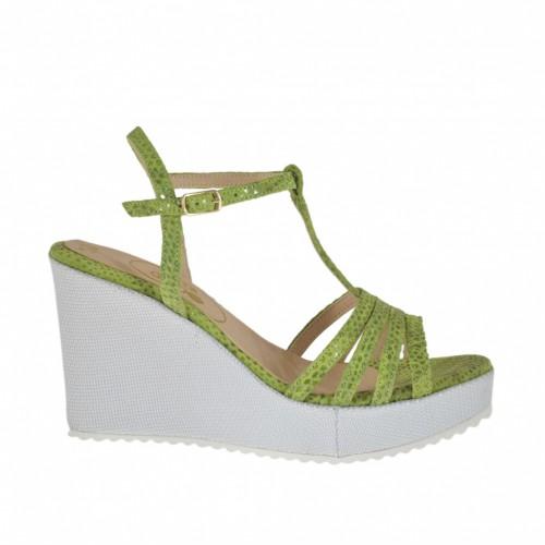 Sandale pour femmes en daim imprimé verni vert et tissu lamé argent avec courroie salomé, plateforme et talon compensé 8 - Pointures disponibles:  31, 32, 33, 34