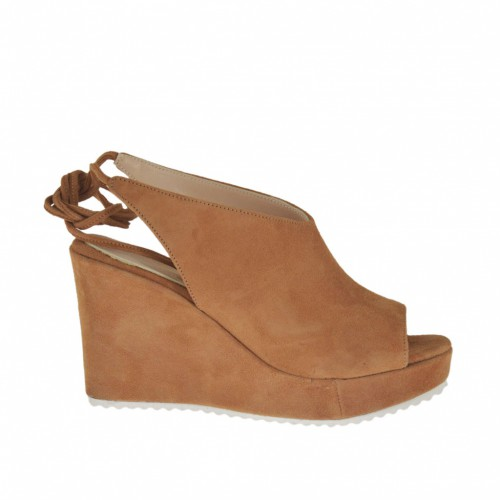 Woman's laced sandal in camel suede with platform and wedge heel 8 - Available sizes:  31, 34
