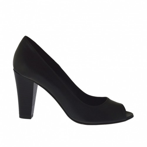 Woman's open shoe in black leather heel 8 - Available sizes:  42