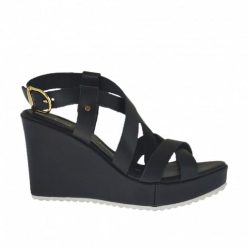 Sandale pour femmes avec plateforme en cuir noir talon compensé 8 - Pointures disponibles:  32, 34