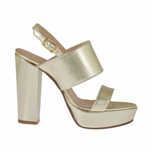 Woman's sandal in platinum laminated leather with platform and heel 9 - Available sizes:  31