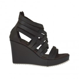 Woman's open shoe with zipper and platform in dark brown leather wedge heel 8 - Available sizes: 31, 32, 33, 34
