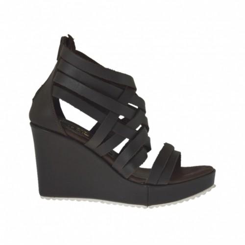 Chaussure ouvert pour femmes avec fermeture éclair et plateforme en cuir marron foncé talon compensé 8 - Pointures disponibles:  31, 32, 33, 34