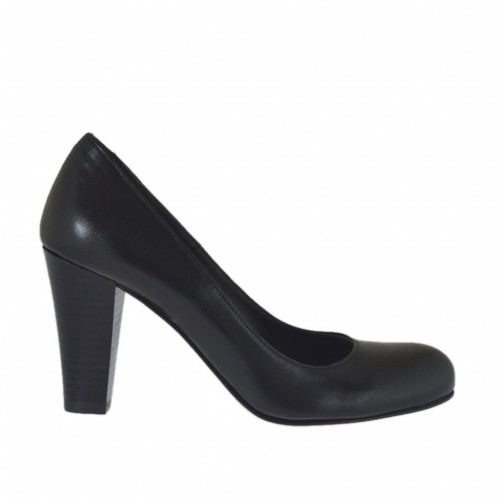 Woman's pump shoe in black leather cone heel 7 - Available sizes:  43