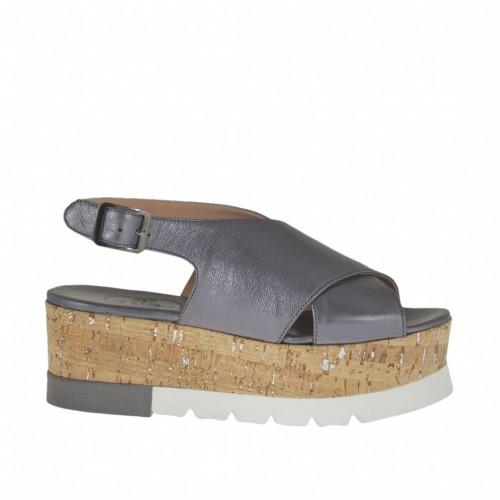 Sandale pour femmes en cuir lamé gris talon compensé 5 - Pointures disponibles:  42