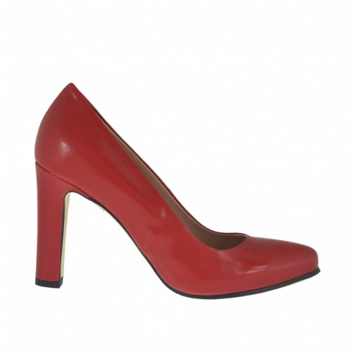 Woman's pump in red leather with inner platform and heel 9 - Available sizes:  42