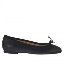 Zapato bailarina para mujer en piel negra con moño tacon 1 - Tallas disponibles: 32, 33, 34, 42, 43, 44, 46