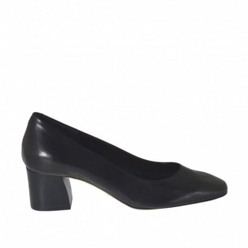 Escarpin pour femmes en cuir noir avec bout carré talon 5 - Pointures disponibles:  32