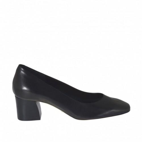 Woman's pump with squared tip in black leather heel 5 - Available sizes:  31, 32, 33, 42, 43, 44, 45, 46
