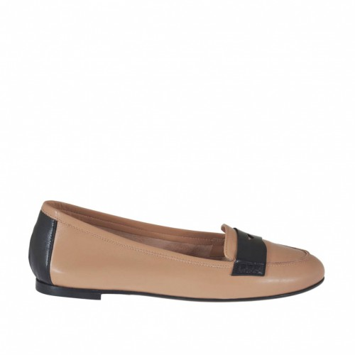 Woman's mocassin in rose and black leather heel 1 - Available sizes:  32, 33, 34