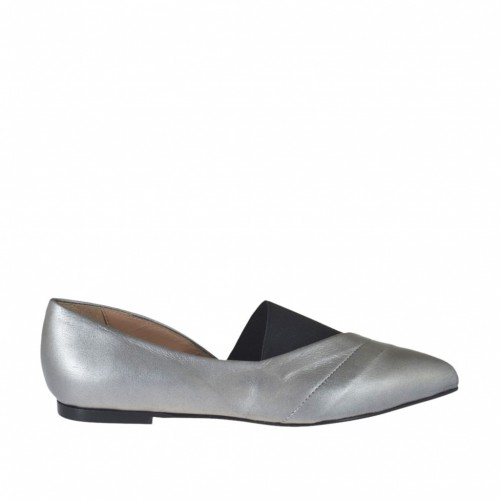 Woman's high-fronted shoe in grey laminated leather and black elastic fabric heel 1 - Available sizes:  33, 34, 43, 44, 45