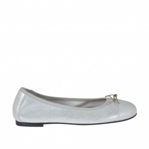 Woman's ballerina shoe with rounded tip and bow in laminated silver printed suede heel 1 - Available sizes:  33