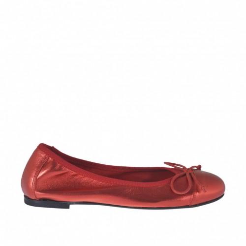 Ballerina da donna con fiocco in pelle laminata rossa tacco 1 - Misure disponibili: 32, 33, 34