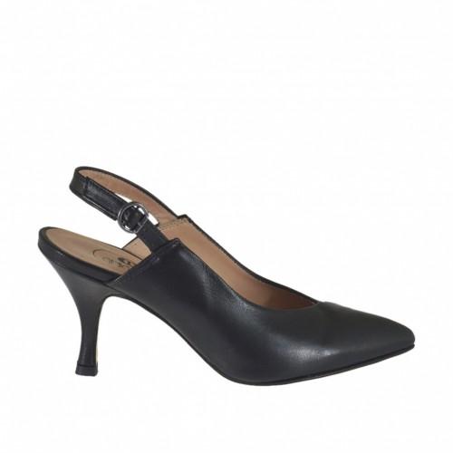 Chanel pour femmes en cuir noir talon 7 - Pointures disponibles:  32, 43