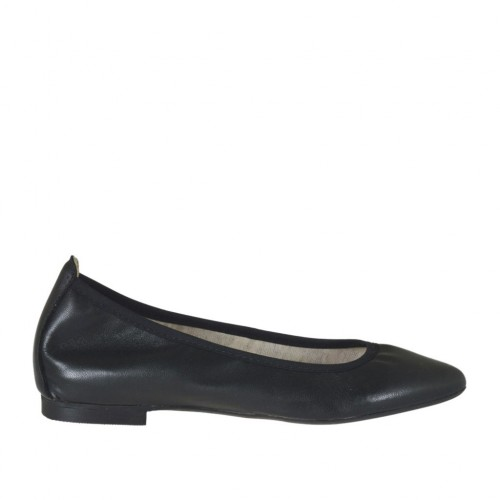 Woman's pointy tip ballerina shoe in black leather heel 1 - Available sizes:  32, 33