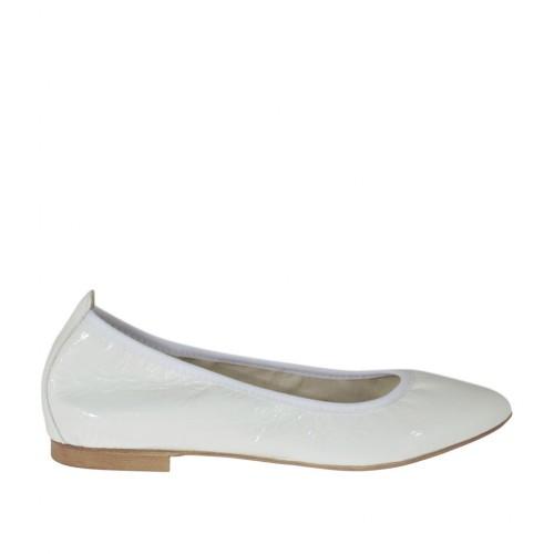 Zapato bailarina a punta para mujer en charol blanco tacon 1 - Tallas disponibles:  32, 33, 34