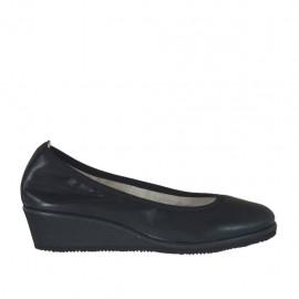 Damenpump aus schwarzem Leder Keilabsatz 4 - Verfügbare Größen: 32, 33, 34, 42, 43, 44, 45