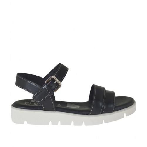 Sandale pour femmes en cuir noir avec courroie et talon compensé 2 - Pointures disponibles:  32