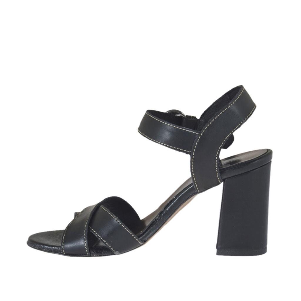 sandale pour femmes avec courroie en cuir noir talon 7 ghigocalzature. Black Bedroom Furniture Sets. Home Design Ideas