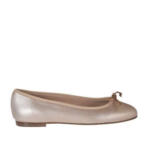 Woman's ballerina shoe with bow in rose laminated leather heel 1 - Available sizes:  32, 33, 34