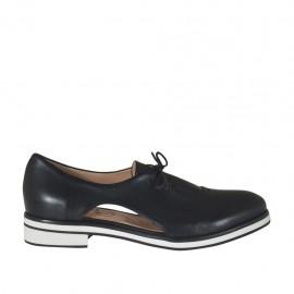 Zapato abierto al lado con cordones para mujer en piel negra tacon 2 - Tallas disponibles: 32, 33, 34, 43, 44, 45, 46