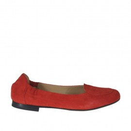 Woman's highfronted ballerina in red suede heel 1 - Available sizes: 32, 33, 34, 43, 44, 46