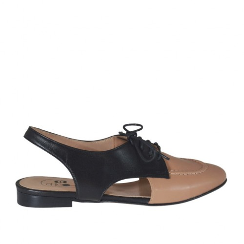 Chanel à lacets pour femmes en cuir rose poudre et noir talon 1 - Pointures disponibles:  34, 43, 45