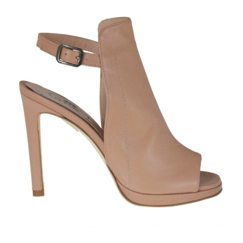 Woman's highfronted sandal in powder rose leather with platform and heel 9 - Available sizes:  34, 42, 43