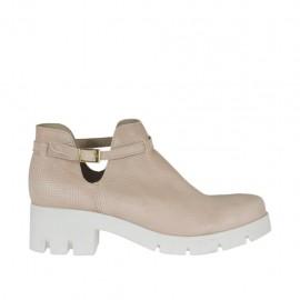 Botines para mujer con cinturon en piel perforada rosa polvo tacon 5 - Tallas disponibles:  42, 43, 44, 45