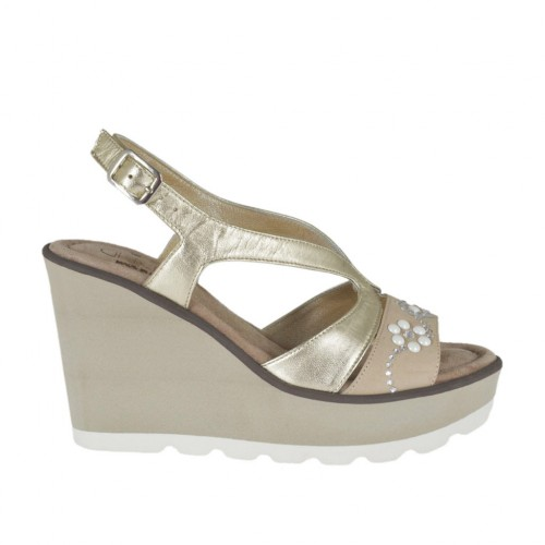 Woman's sandal in beige nubuck leather and platinum laminated leather with rhinestones, pearls, platform and wedge 8 - Available sizes:  31, 42, 43, 44, 45