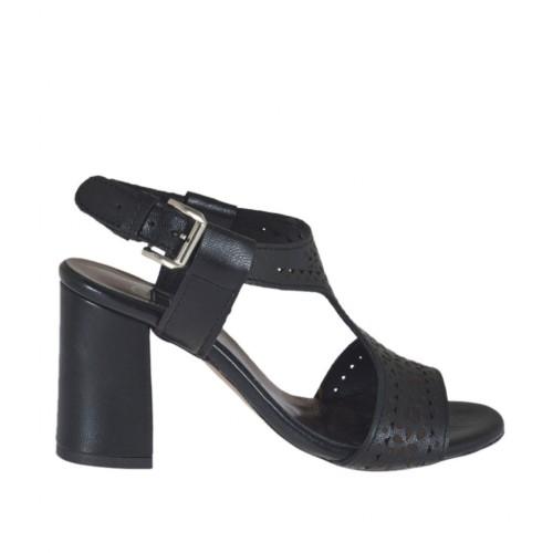 Sandalo da donna in pelle forata nera tacco 7 - Misure disponibili: 32, 42, 43