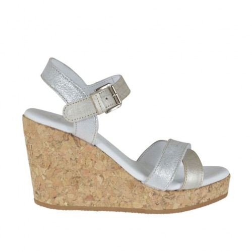 Woman's strap sandal in silver and platinum laminated leather with platform and wedge 8 - Available sizes:  42