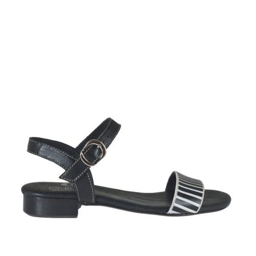 Sandalo da donna con cinturino e applicazioni in pelle nera e bianca tacco 2 - Misure disponibili: 32, 42, 43, 45