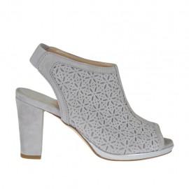 Sandalo accollato da donna con elastico e plateau in camoscio forato grigio tacco 8 - Misure disponibili: 32, 33, 34, 42, 43, 44, 45