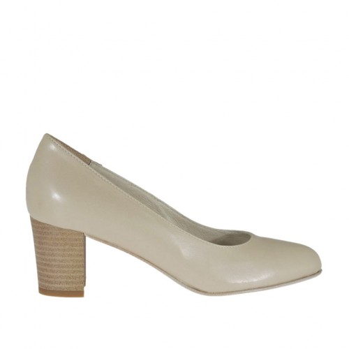 Woman's pump in light beige leather heel 5 - Available sizes:  33, 42, 44, 45